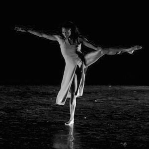 Licence STAPS, DE danse moderne, intervenante éveil corporel et musique